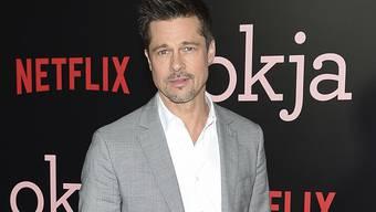 """US-Schauspieler Brad Pitt hat sich mit seiner Produktionsfirma Plan B die Filmrechte für den Bestseller-Roman """"Die stumme Patientin"""" gesichert. (Archivbild)"""