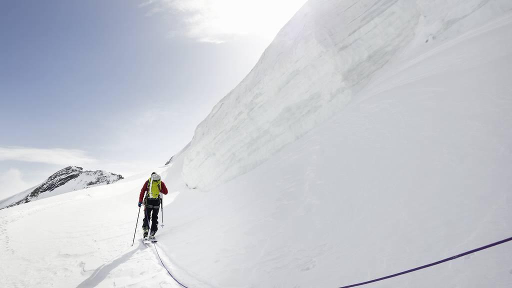 Skitourengänger stürzt 150 Meter ab und wird verletzt geborgen