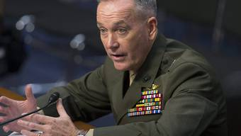 Joseph Dunford vor dem Streitkräfteausschuss des US-Senats. Der Senat muss über Dunfords Ernennung zum Generalstabschef entscheiden.