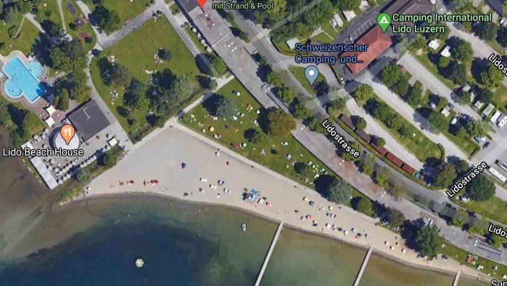 Das Luzerner Strandbad Lido aus der Vogelperspektive: Der Unfall ereignete sich beim ersten Steg auf der linken Seite vom Ufer her gesehen.