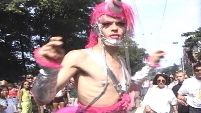 Beste Outfits aus 25 Jahren Street Parade