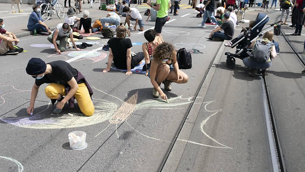 Neue Klimastreiks am 4. September in der ganzen Schweiz angekündigt