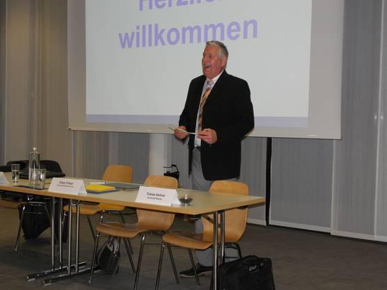 Vizepräsident Beat Herzog führt kompetent und zügig durch die Geschäfte.