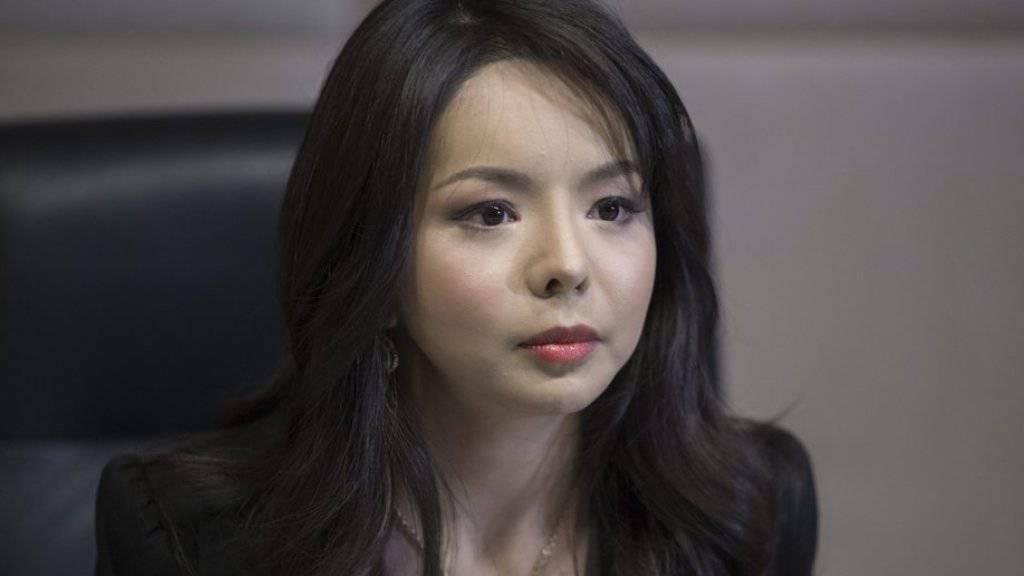 Kleine Miss bringt einem grossen Staat offenbar das Fürchten bei: Miss World Canada, Anastasia Lin, am Freitag bei ihrer Pressekonferenz in Hongkong.