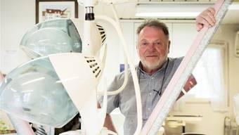 Trotz Freude am Beruf: Der noch 65-jährige «Coiffure Kurt» hört im Juni auf und will dann vor allem eines: sein Leben geniessen.Roland Schmid