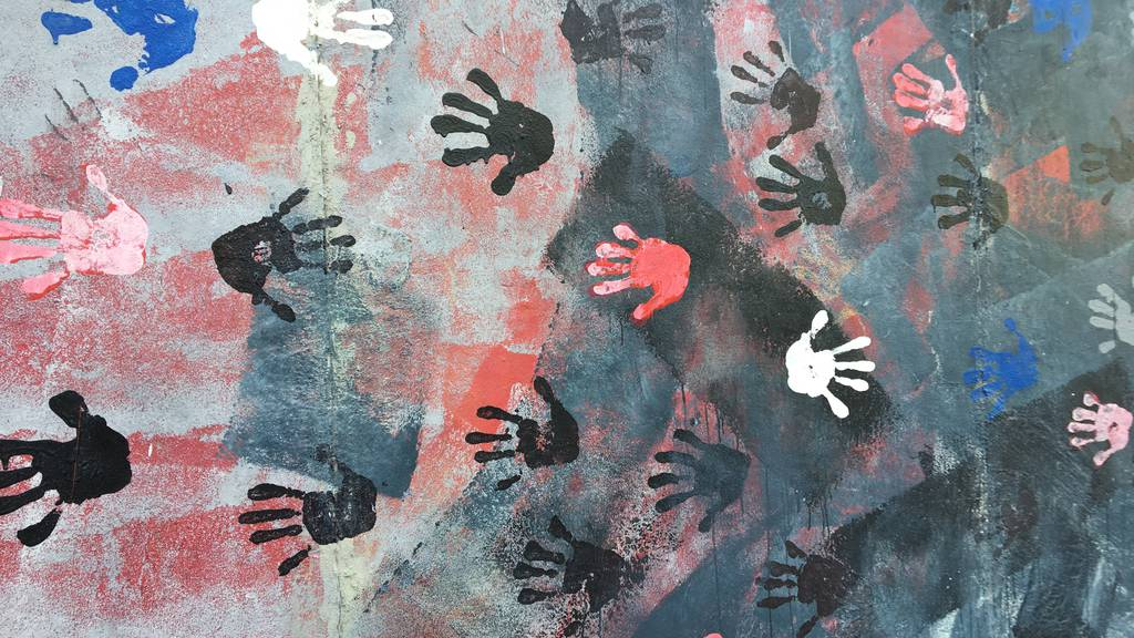 Schleudertrauma: Job weg, Mann weg, Geld weg