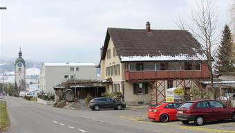 Anstelle des «Schützenhauses» soll der Altersheim-Garten erweitert werden sowie zusätzliche Parkplätze entstehen. Melanie Eichenberger