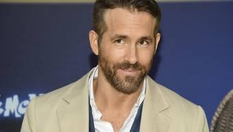 Spassvogel: Der kanadische Schauspieler Ryan Reynolds hat seiner eigenen Gin-Marke im Internet Bestnoten gegeben. (Archivbild)