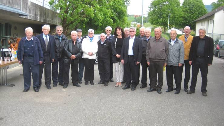 Die ehemaligen Gemeindeammänner des Bezirks Laufenburg  bei ihrem Treffen in Oeschgen.