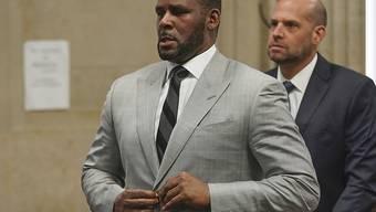 Dem Sänger R. Kelly wird ein weiterer Kindesmissbrauch zur Last gelegt. (Archivbild)