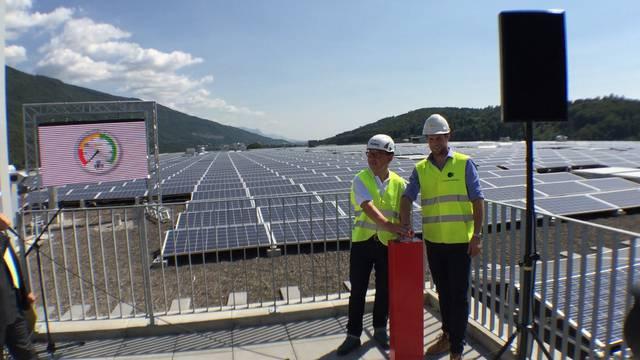 «3, 2, 1, go!»:  Inbetriebnahme der Solarkraftwerk Tissot-Arena Biel.