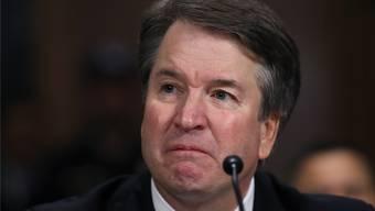 Trumps Richter-Kandidat Brett Kavanaugh zeigte gestern vor dem Justizausschuss des Senats Emotionen. keystone