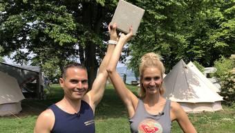 Personal-Trainer Keren Lopata macht uns fit für den Sommer. Ex-Wetterfee Linda Gwerder zeigt er drei Schulter-Übungen für Zuhause.