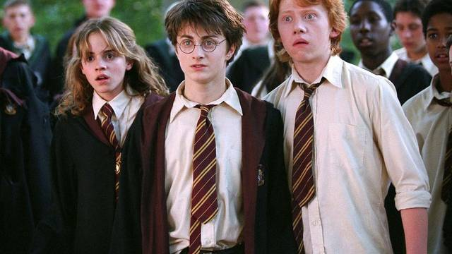 """Die drei Potter-Stars Emma Watson, Daniel Radcliffe und Rupert Grint (v.l.) im Harry Potter-Film """"Der Gefangene von Azkaban"""" (Archiv)"""