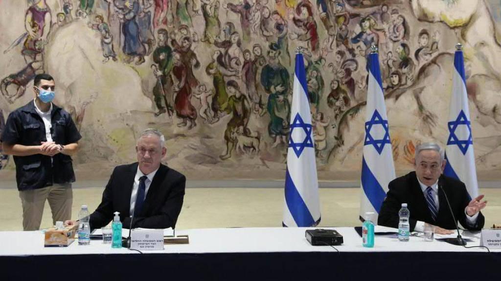 Erste Kabinettssitzung von Netanjahu und Gantz in Israel