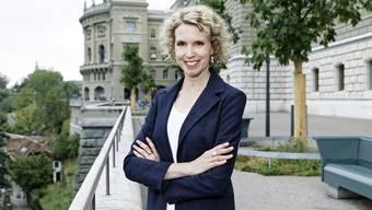 Diplomatin Christine Büsser Mauron auf der Bundesterrasse in Bern.