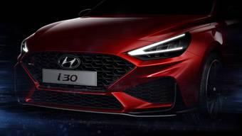 """Der """"New Hyundai i30"""" wird Anfang März in Genf präsentiert. Hyundai zeigt schon jetzt einen ersten Ausblick auf das Design des aufgefrischten Kompaktwagens."""
