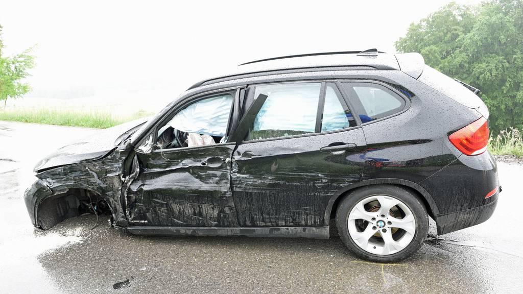 60'000 Franken Sachschaden durch Streifkollision in Knutwil