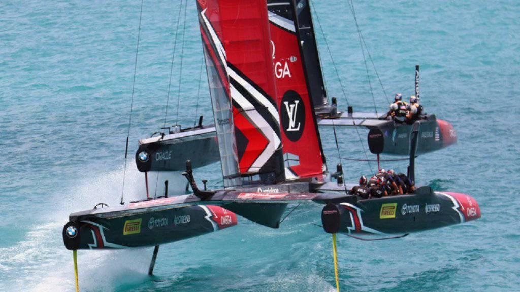 Mit diesem Katamaran gewann Team New Zealand 2017 den America's Cup. Bei der nächsten Austragung Anfang 2021 segeln Einrumpf-Yachten und nicht mehr Katamarane um die prestigeträchtige Trophäe