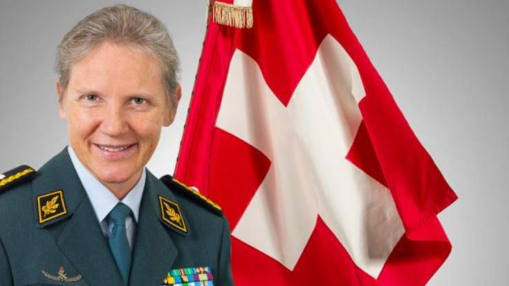 Brigadier Seewer (54) führt die Führungsunterstützungsbrigade. Sie ist verantwortlich für die Aus- und Weiterbildung der Stäbe und Truppen. Sie ist die einzige Frau im obersten Armeekader.