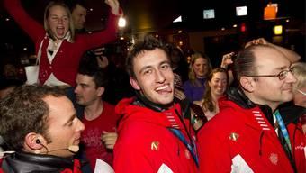 So wild feierten die Schweizer Curler ihre Bronze-Medaille