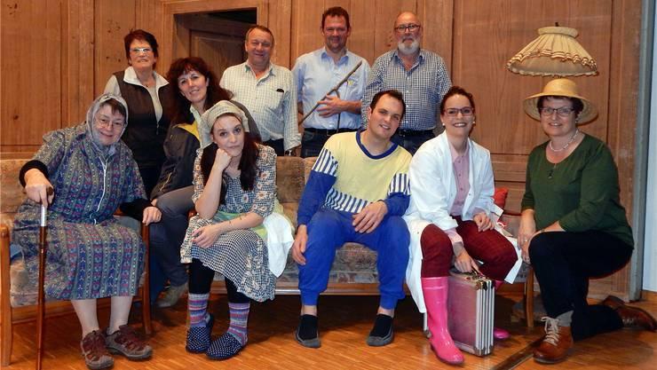 Die Theatertruppe des Jodlerklubs Echo spielt den Schwank «Z früeh gfreut».