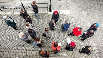 Das Stadtführer-Team von aarau info entwickelt laufend neue Führungen. Besonders gut lief 2016 die Frauenführung (im Bild).Sandra Ardizzone