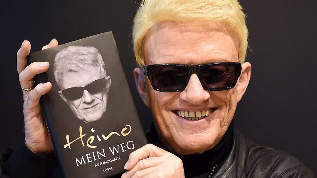 Sänger Heino hat in den 50er Jahren eine Konditorlehre gemacht. Das hat ihm die Lust auf Guetzli und Christstollen nachhaltig verdorben. (Archivbild)