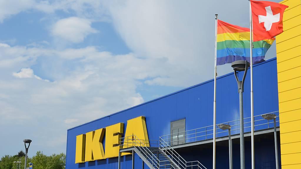Der Möbelhändler Ikea Schweiz hat den Umsatz im Ende August abgelaufenen Geschäftsjahr 2018/19 um 3,7 Prozent auf 1,14 Milliarden Franken gesteigert. (Archiv)