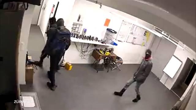 Einbrecher suchen Gartencenter Rafz heim