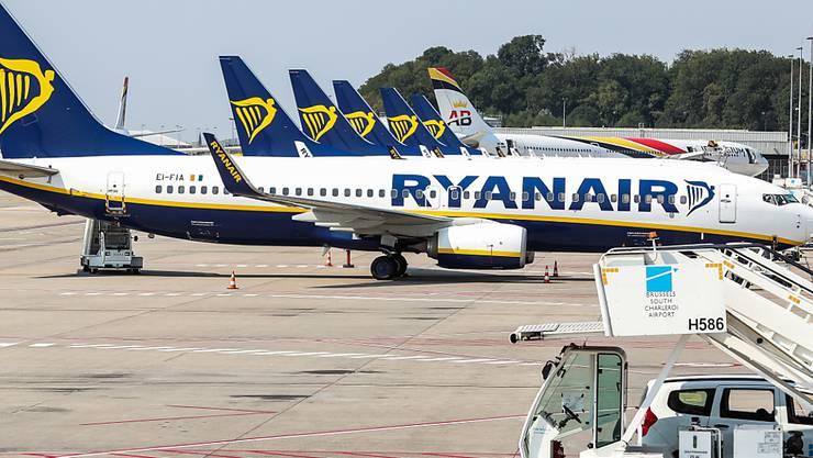 Beim Billigflieger Ryanair ist ein Pilotenstreik in Deutschland abgewendet. Die deutschen Piloten haben sich mit der Airline auf Eckwerte für einen Tarifvertrag geeinigt. (Archiv)