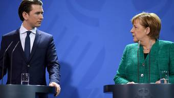 Sebastian Kurz und Angela Merkel während einer Pressekonferenz in Berlin.