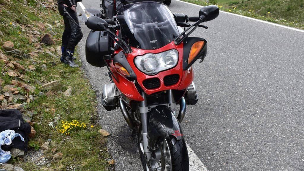 Zwei Verletzte: die Bilanz einer Kollision zweier Motorräder am Umbrailpass.