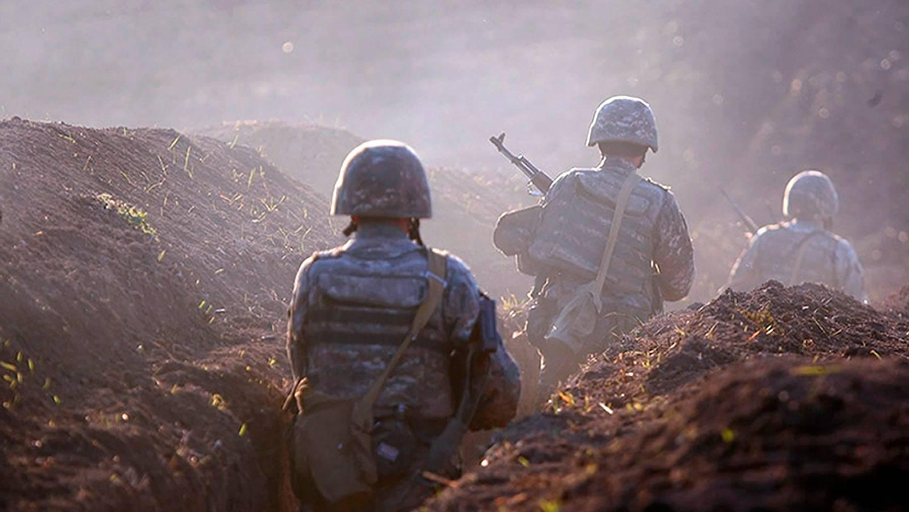 Zwischen Armenien und Aserbaidschan tobt seit langem ein Konflikt um die von beiden Seiten beanspruchte Region Berg-Karabach.