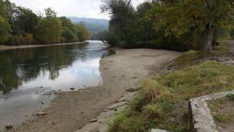 Die Sandbank, ein beliebter Badeort, wird auch mit dem Renaturierungsprojekt der Pro Natura nicht verschwinden. Der Zugang soll sogar erleichtert werden.