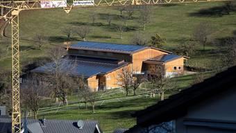 Klassisches Beispiel für einen Bau draussen in der Landschaft: Dieses Ökonomiegebäude katapultiert Nusshof an die Spitze einer Zersiedlungsliste.