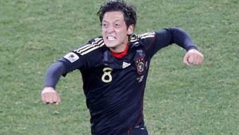 Mesut Özil: Ein Tor vorbereitet und einen Treffer erzielt