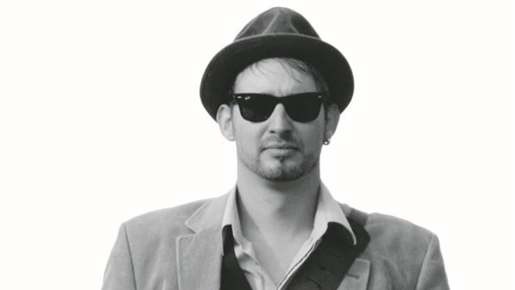 Pascal Geiser spielt Musik, die nach sengender Hitze und reissenden Flüssen klingt.