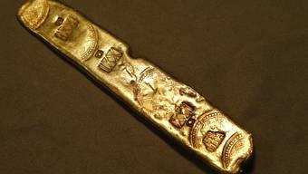 Ein Goldbarren aus der gesunkenen Schatzflotte