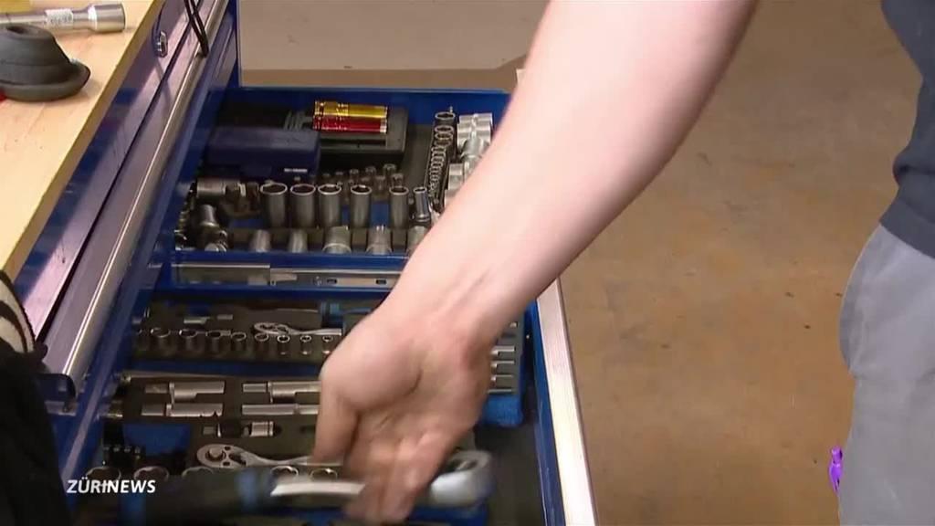 Oldtimer-Garage Hittnau: Von der Rarität zum ganz besonderen Einzelstück