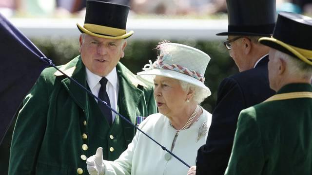 Queen Elizabeth II. an der 300. Ausgabe des Pferderennen in Ascot