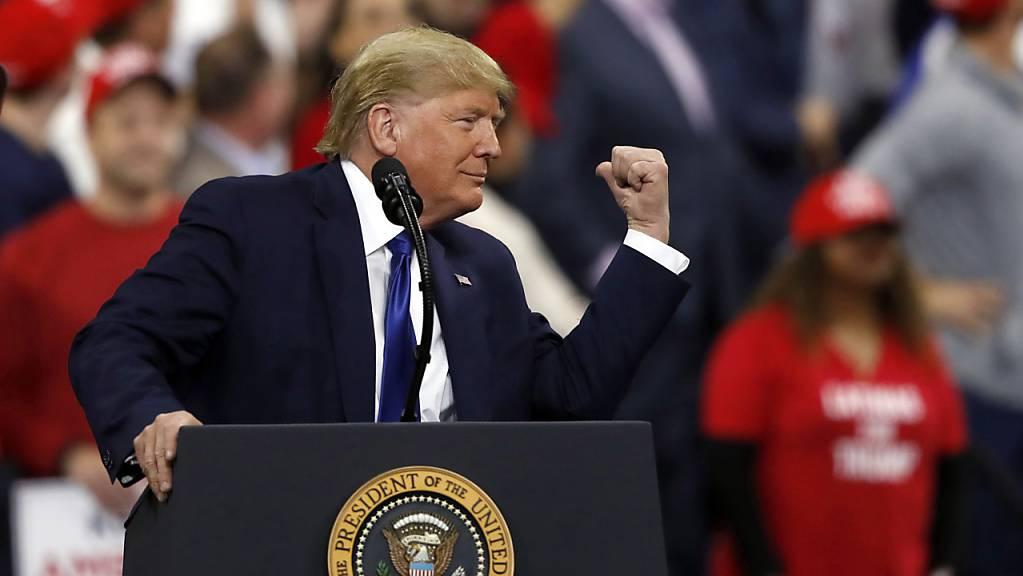 Die Demokraten in den USA geben derzeit dem Amtsenthebungsverfahren von US-Präsident Donald Trump seinen letzten Schliff.