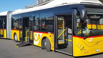 """""""Grüne"""" Technik in gelbem Gewand. Im Mendrisiotto verkehrt seit Montag der schweizweit erste hybridangetriebene Gelenk-Postbus."""