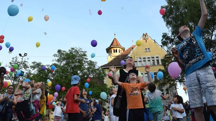 Ballonwettflug auf dem Freudensteinplatz