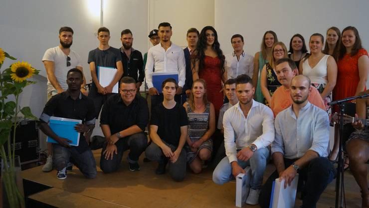 Der Solothurner Maler- und Gipser-Nachwuchs mit Diplomen und Spezialpreisen.