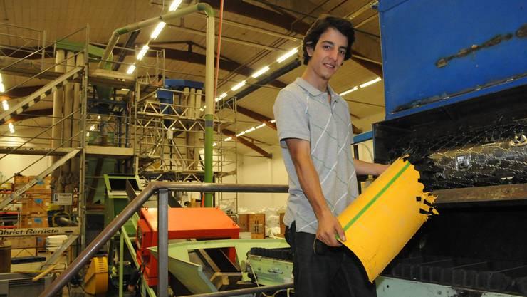 Kevin Dobler führt die Firma Kunststoff Recycling Lenzburg mit Erfolg.Toni Widmer