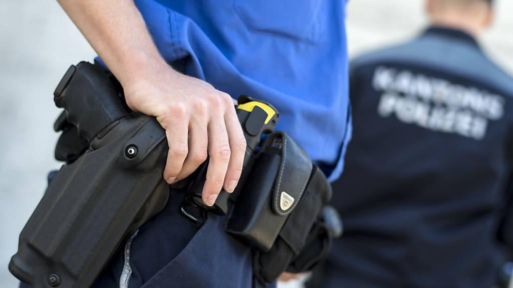 Der Beschuldigte wurde vor Ort verhaftet. (Symbolbild)