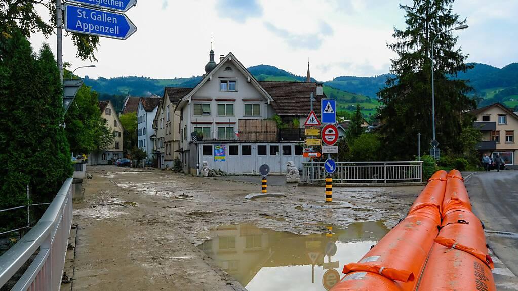 Zu den Massnahmen gegen die Folgen des Klimawandels gehören im Kanton St. Gallen Vorbereitungen auf künftige Hochwasser. (Archivbild)