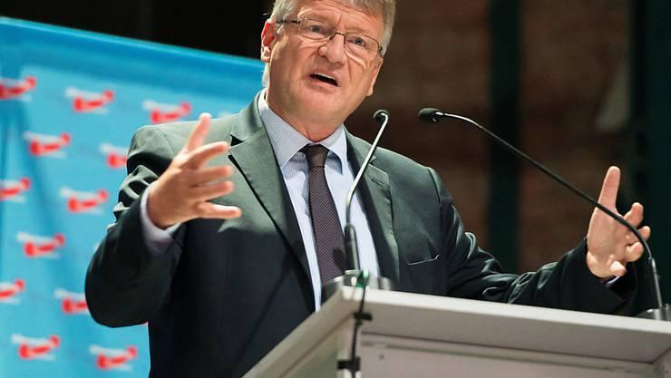 ARCHIV - Jörg Meuthen, Bundesvorsitzender der AfD, spricht zum Auftakt des Landesparteitags der AfD Saar. Foto: Oliver Dietze/dpa