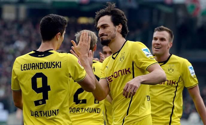 Und auch Dortmund schlägt auswärts Hannover mit 3:0